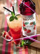 Monin Flavoured Syrup - Strawberry (1x70cl Glass Bottle)
